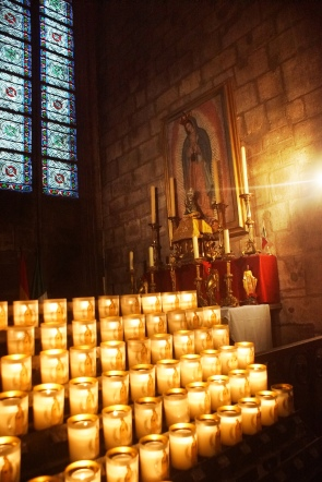 _Notre Dame - Guadalupe and candles